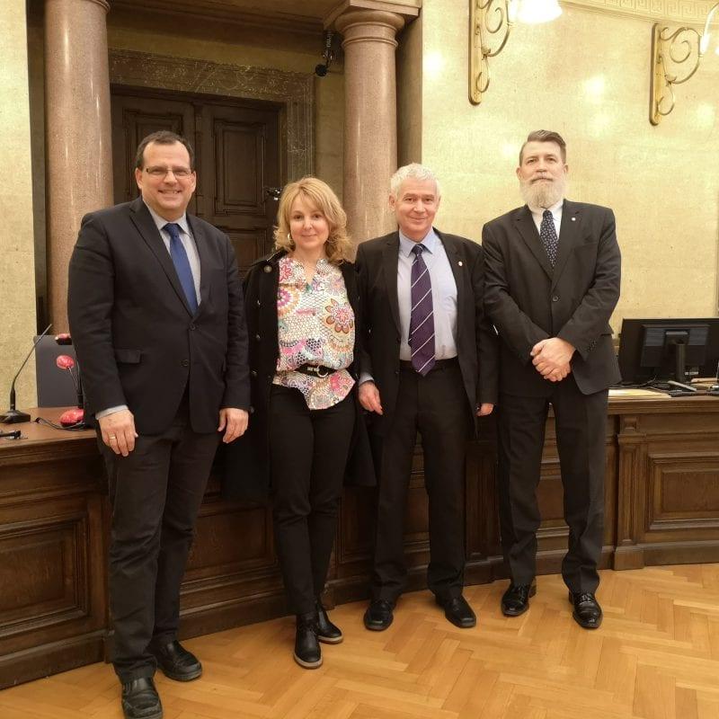 Gruppenfoto vom Besuch des ungarischen Generalstaatsanwalts bei der Generalprokuratur Gruppenfoto vom Besuch des ungarischen Generalstaatsanwalts bei der Generalprokuratur